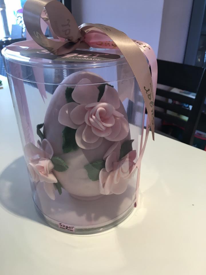 Αυγό τριαντάφυλλα