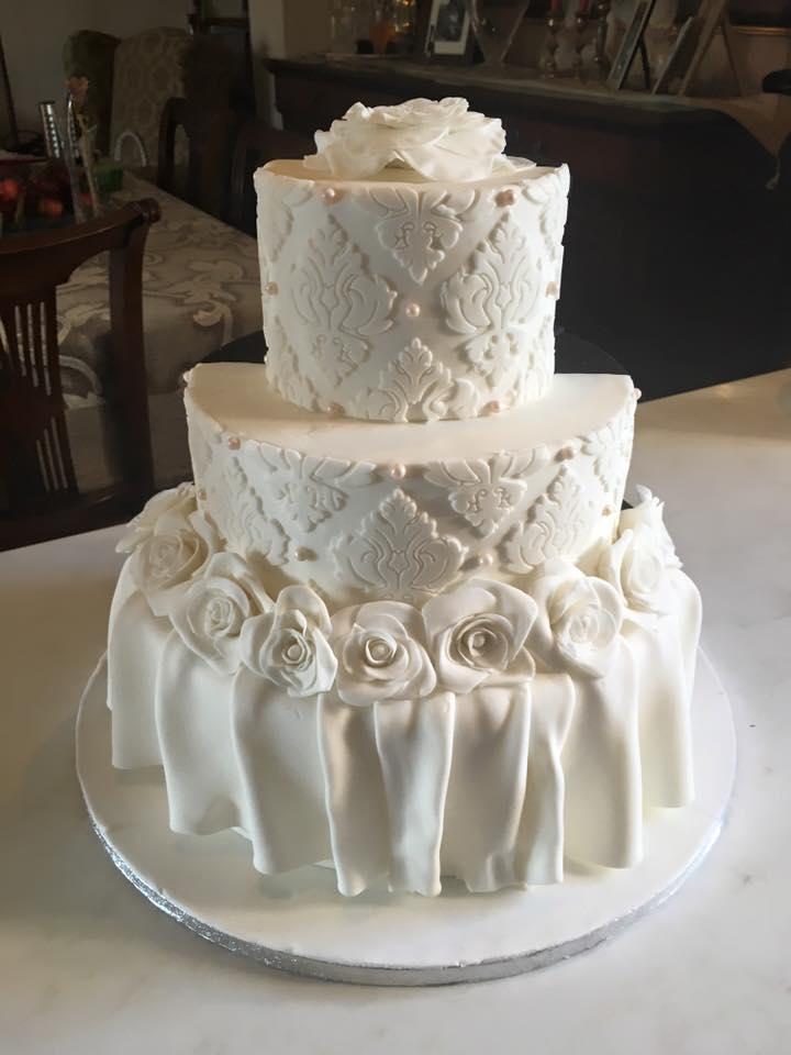 Τούρτα γάμου Γαμπρός και Νύφη